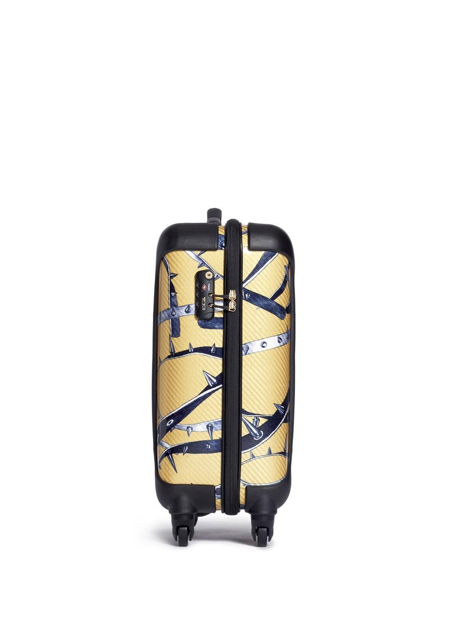 锐刺印花20寸行李箱