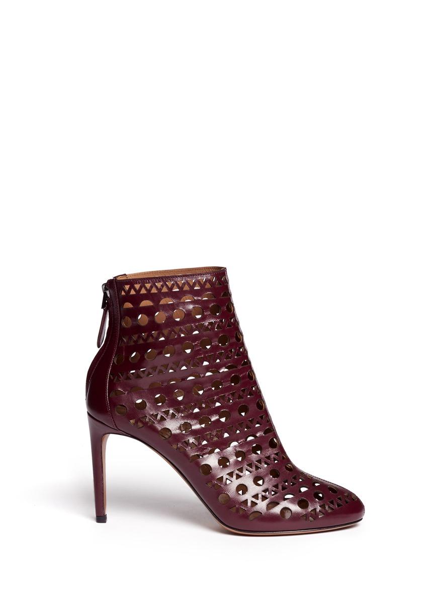 花纹镂空真皮高跟踝靴