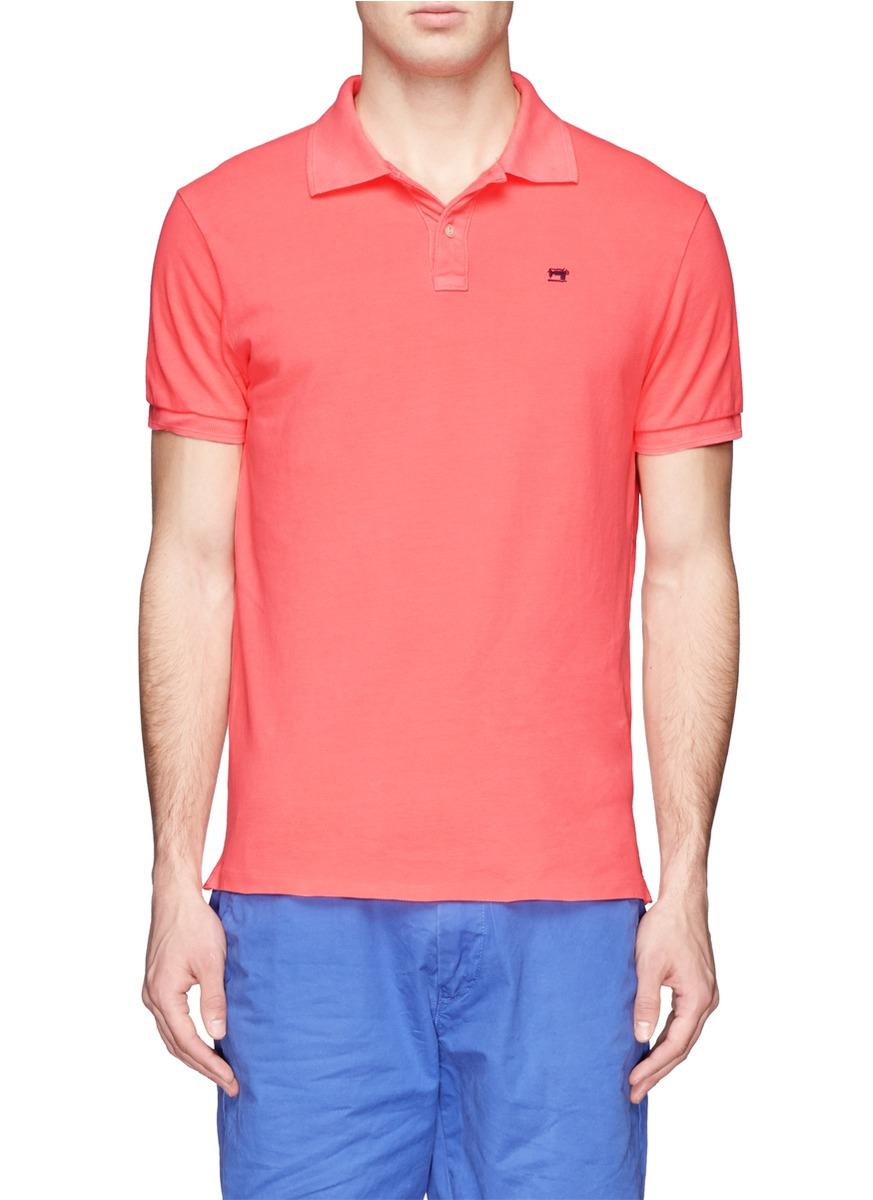 粉红色的毛衣怎么搭配衬衫