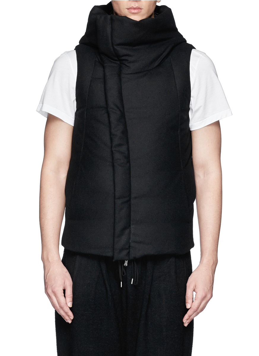 黑色棉衣马甲搭配图片