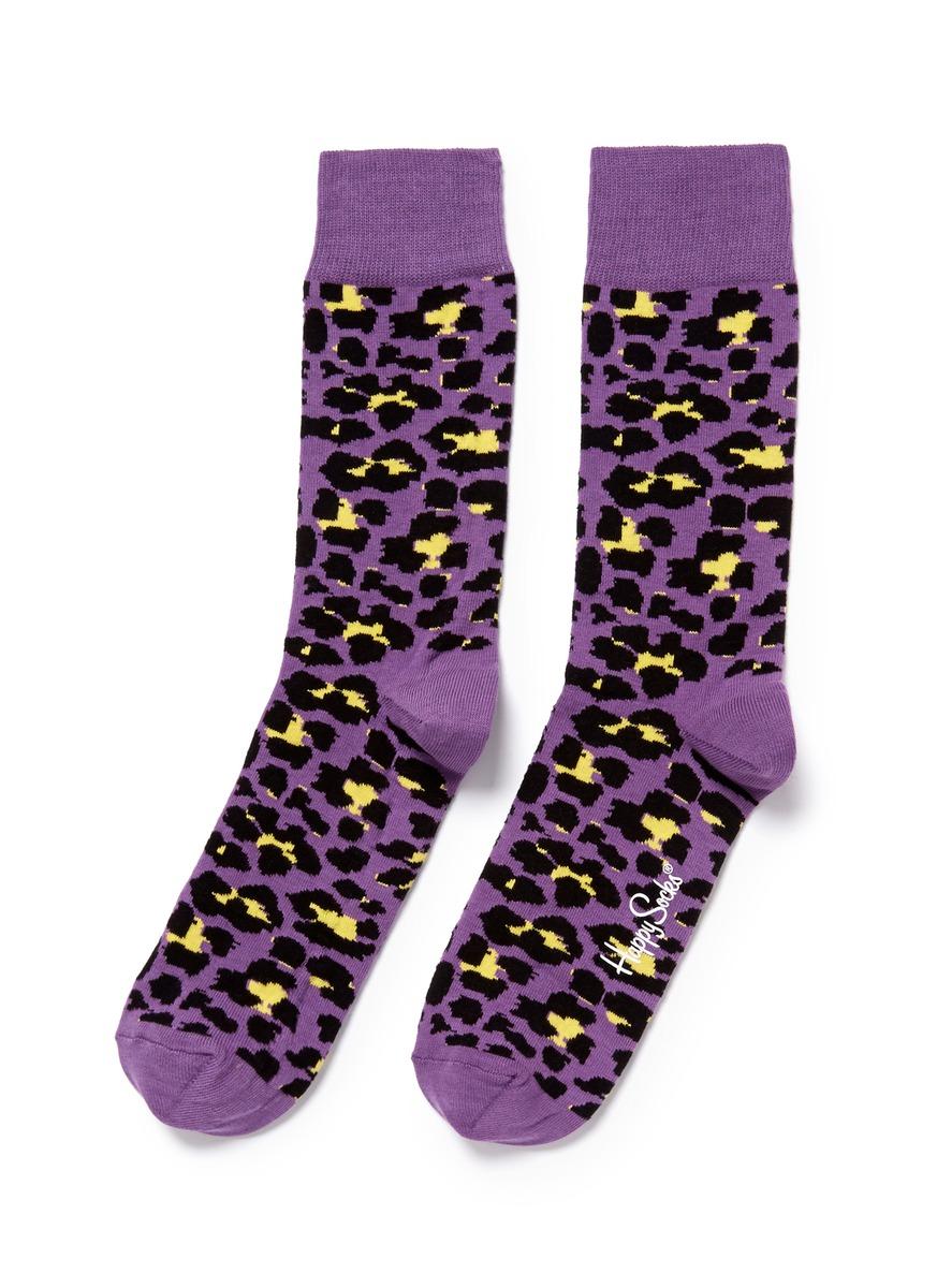 足的动物图案袜子
