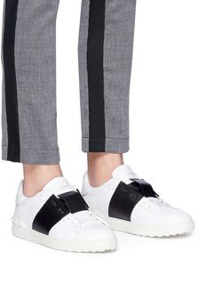 Valentino Rockstud隐藏式系带小牛皮运动鞋