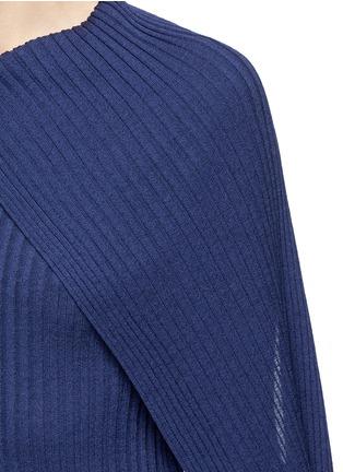 细节 - 点击放大 - The Row - INGA围脖布带羊毛混丝针织衫