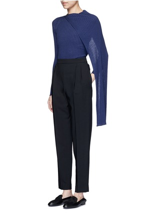 模特示范图 - 点击放大 - The Row - INGA围脖布带羊毛混丝针织衫