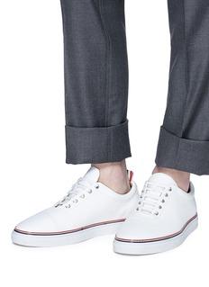 THOM BROWNE 拼色条纹粒面小牛皮运动鞋