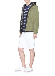 Moncler Massereau品牌名称刺绣连帽夹克