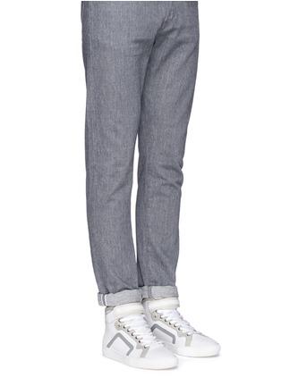 模特示范图 - 点击放大 - PIERRE HARDY - 网眼牛皮拼色高筒运动鞋