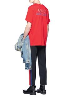 GUCCI 品牌名称拼色条纹纯棉T恤