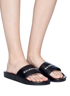 BALENCIAGA Pool品牌标志小羊皮平底拖鞋
