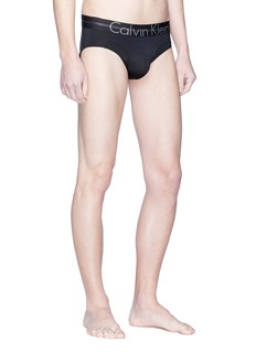 Calvin Klein Underwear Focused Fit品牌名称三角内裤