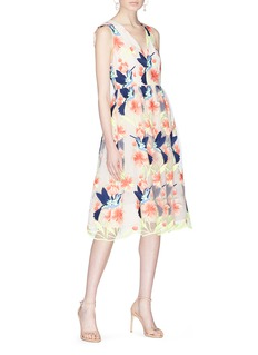 alice + olivia Becca蜂鸟花卉刺绣薄纱连衣裙