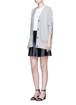 模特示范图 - 点击放大 - VINCE - A字形羊皮半身裙