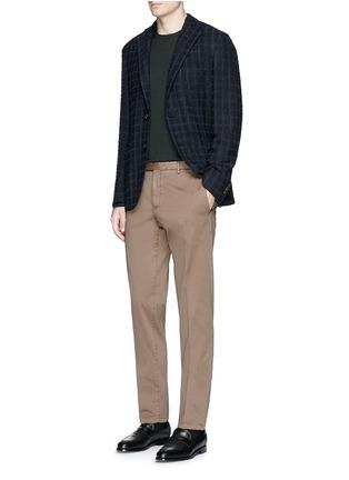 模特儿示范图 - 点击放大 - BOGLIOLI - 单色棉质斜纹长裤