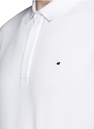 细节 - 点击放大 - VALENTINO - 铆钉装饰纯棉POLO衫