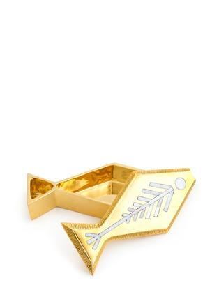 模特示范图 - 点击放大 - JONATHAN ADLER - 小鱼造型铜质首饰盒