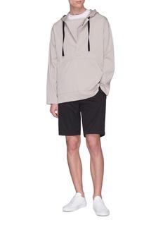 THEORY Dekro反光几何图案抗水短裤