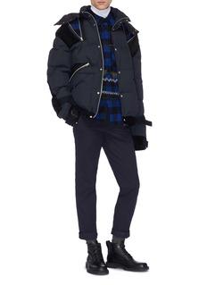 SACAI 拉链设计天鹅绒拼接绗缝羽绒夹克
