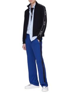 Valentino VLTN品牌名称条纹立领外套