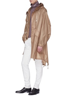 Calvin Klein 205W39NYC 可收纳式品牌名称刺绣连帽派克大衣