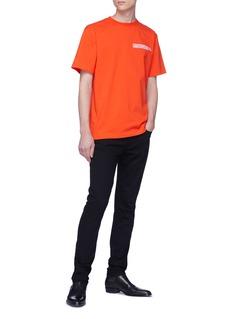 Calvin Klein 205W39NYC 品牌名称及地址刺绣纯棉T恤
