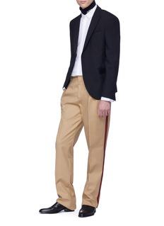 Calvin Klein 205W39NYC 品牌名称高领棉质上衣