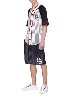 DOLCE & GABBANA 英文字徽章条纹V领oversize棒球夹克