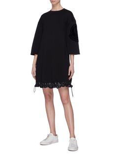 Moncler 品牌标志徽章绗缝下摆纯棉连衣裙