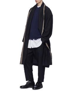UMA WANG  Cavan系带皱感条纹青果领大衣