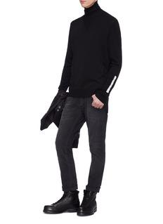 NEIL BARRETT 条纹羊毛衣袖拼接高领针织衫