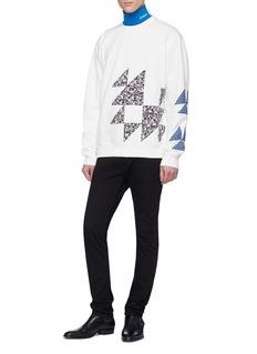 Calvin Klein 205W39NYC 几何印花布饰拼贴纯棉卫衣