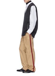 Calvin Klein 205W39NYC oversize V领小羊毛针织背心