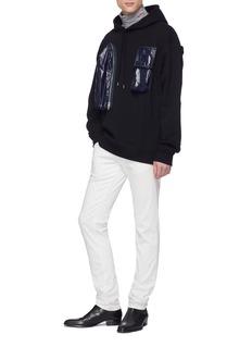 Calvin Klein 205W39NYC 尼龙口袋搭带连帽卫衣