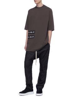 Rick Owens DRKSHDW 长凳缎面贴饰oversize纯棉T恤