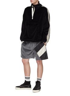 Daniel Patrick 缎面条状布饰丝绒夹克