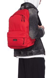 BALENCIAGA Explorer品牌名称帆布双肩包