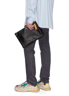 BALENCIAGA 品牌名称拼色缀饰皱感真皮手拿包