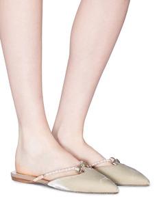 RENÉ CAOVILLA 蝴蝶结装饰人造珍珠搭带天鹅绒拖鞋