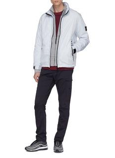 STONE ISLAND 品牌标志徽章皱感夹棉夹克