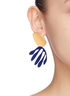 OOAK Abstract Leaf不对称树叶缀饰耳环