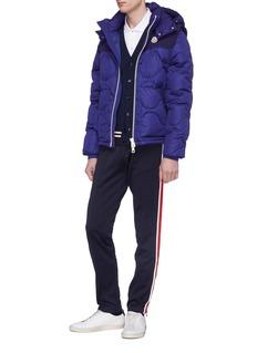 Moncler 可拆式衣袖及兜帽绗缝羽绒夹克