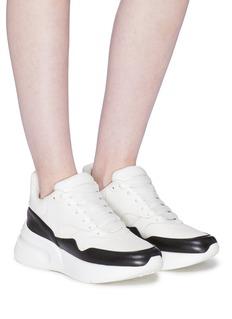 Alexander McQueen oversize斜纹布拼接小羊皮运动鞋