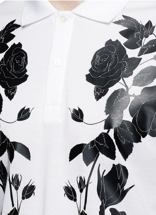 细节 - 点击放大 - Alexander McQueen - 玫瑰花胶印纯棉polo衫