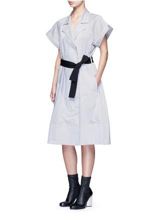 模特示范图 - 点击放大 - TOME - 五角星拼贴条纹混棉衬衫裙