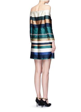 背面 - 点击放大 - ROSETTA GETTY - 彩色条纹露肩连衣裙