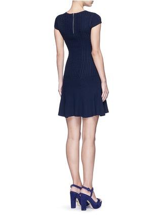 背面 - 点击放大 - ALICE + OLIVIA - DACEY麻花条纹羊毛连衣裙