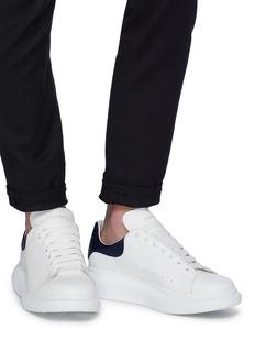 Alexander McQueen Larry oversize金属感蟒蛇纹拼贴真皮运动鞋