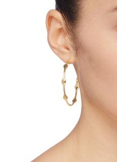 J.HARDYMENT  Multi Long Face 45mm镀金波浪开口圆环纯银耳环