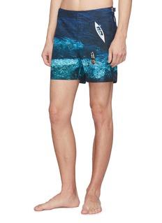 ORLEBAR BROWN Bulldog Deep Sea海洋照片印花泳裤