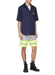 SACAI 拼接设计拼色条纹抽绳短裤