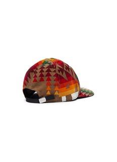 sacai X Pendleton几何图案灯芯绒棒球帽